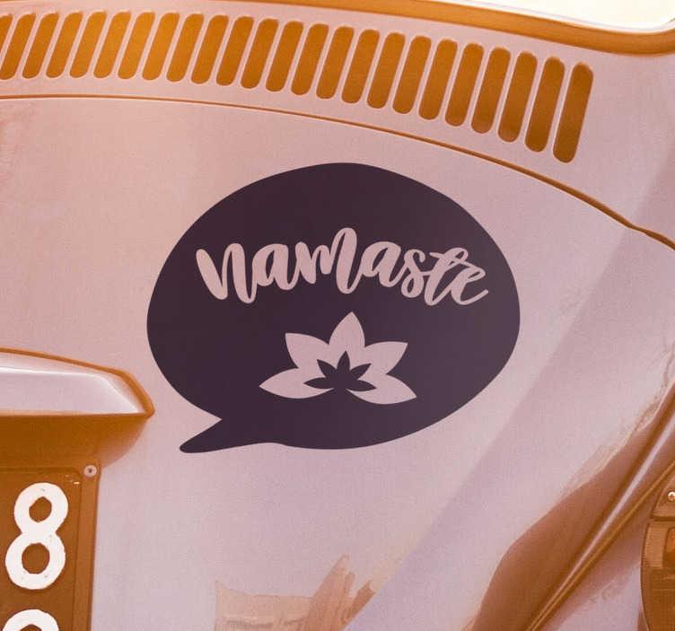 TenVinilo. Vinilo frase namaste. Original pegatina espiritual para vehículo formada por la palabra Námaste y la ilustración de un flor de loto. Descuentos para nuevos usuarios.