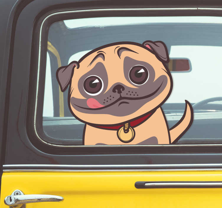TenStickers. Naklejka na samochód przyjazny mops. Naklejka na samochód dla każdego wielbiciela psów, a zwłaszcza mopsów! Przedstawia ona przyjaznego mopsa! Codziennie nowe projekty!