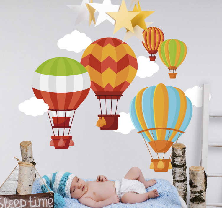 TenStickers. Sticker Illustration Montgolfières colorées. Les dessins de montgolfières multicolores de ce sticker déco chambre d'enfant l'emmèneront chaque soir faire de beaux rêves