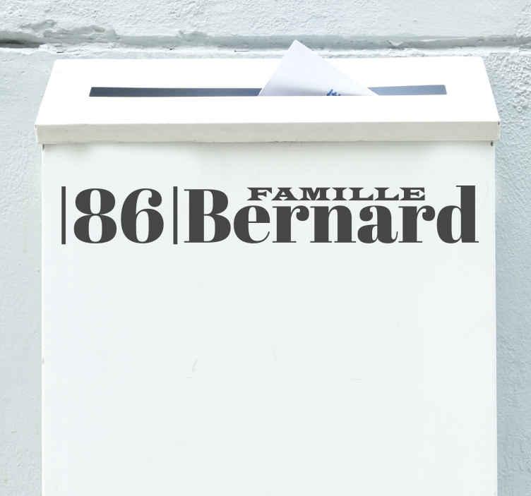 TenStickers. Sticker Entrée Boite aux lettres famille. Ce sticker pour boîte aux lettres ravira votre famille ! Vous pouvez personnaliser le nom pour donner à votre entrée une décoration unique.