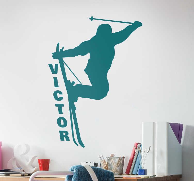 TenStickers. Muurstickers tienerkamer skiër sprong. Een gave muursticker wintersport of muursticker skiër. Deze vette sport muursticker is ideaal voor tijdens de wintermaanden. skiën muursticker.