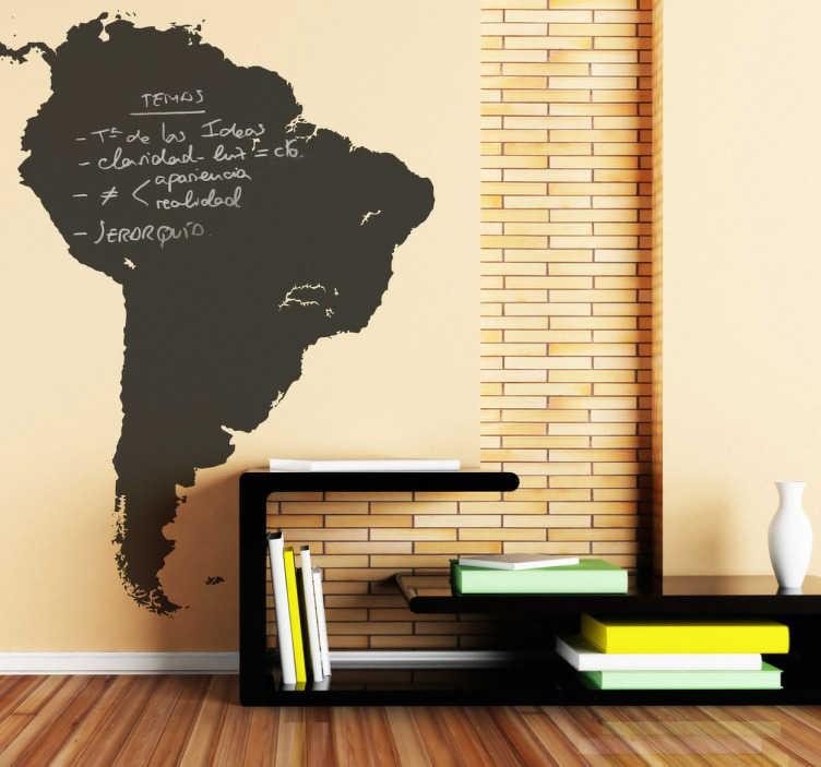 TenVinilo. Vinilo pizarra América del sur. Adhesivo para pared con la silueta del continente Suramericano. Vinilo de pizarra de esta parte del mundo para que escribas con tiza sobre él. Una pegatina en pizarra que quedará genial en tu hogar, haciendo de este un sitio especial con una pizarra de tu continente favorito.