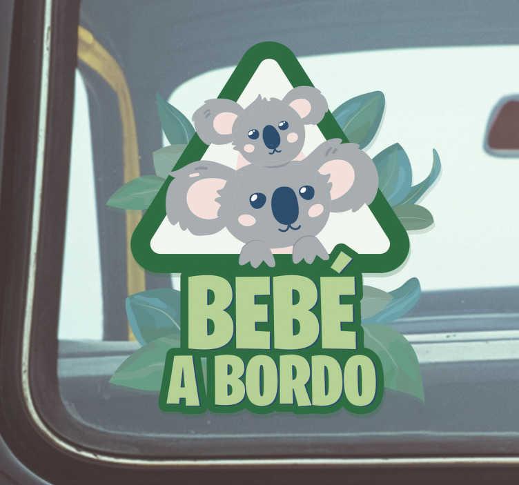 """TenVinilo. Pegatina para coche Eucalipto y koala. Vinilo para vehículo en forma de triángulo con el diseño de un padre koala con su hijo acompañados del texto """"bebé a bordo"""". +50 Colores Disponibles."""