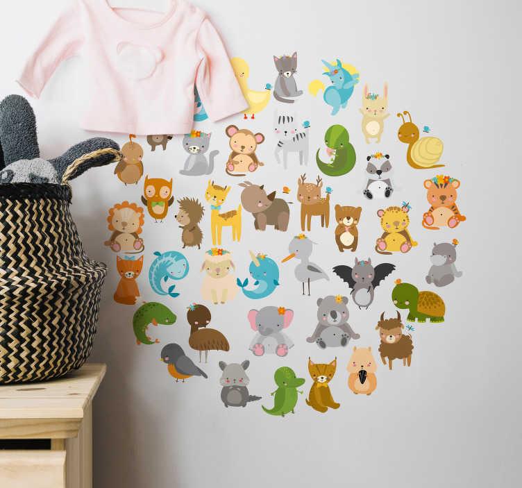 TenStickers. 동물원 동물 원형 벽 스티커. 이 환상적인 정글 동물 테마 홈 장식으로 자녀의 침실을 장식하십시오-아, 그리고 그것은 원 모양입니다!