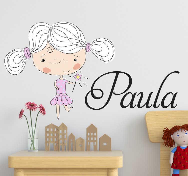 TenStickers. Sticker Mural Dessin Petite fille Personnalisé. Optez pour ce sticker chambre d'enfant représentant une petite fille dont le prénom peut être changé pour s'accorder au prénom de votre choix