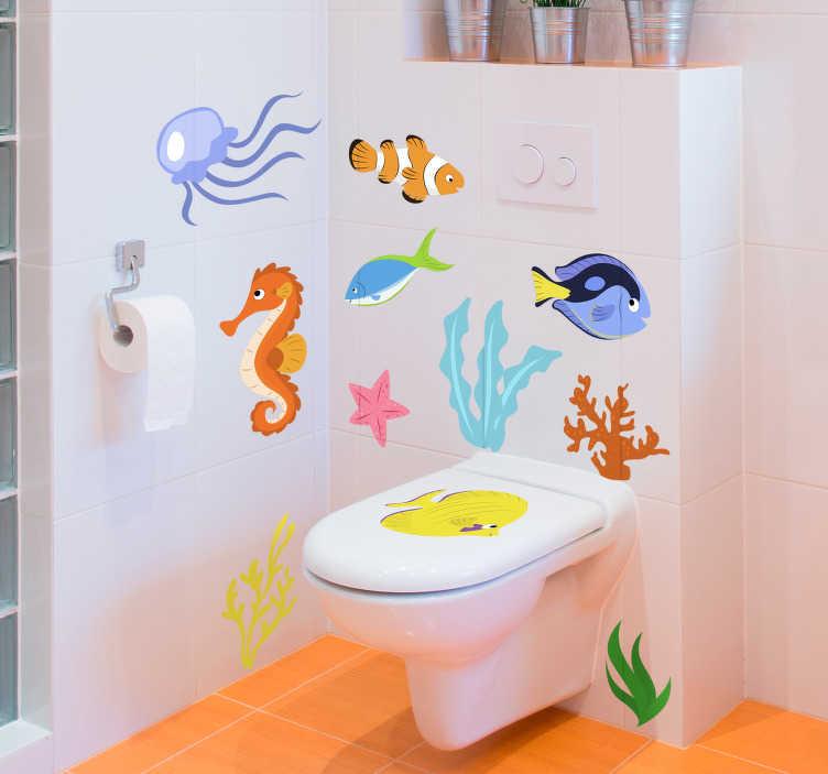 TenStickers. Sticker Poisson Vie aquatique. Un autocollant dessin représentant plusieurs dessins de poissons qui amusera à coup sûr vos enfants et vos invités ! Pour votre salle de bain