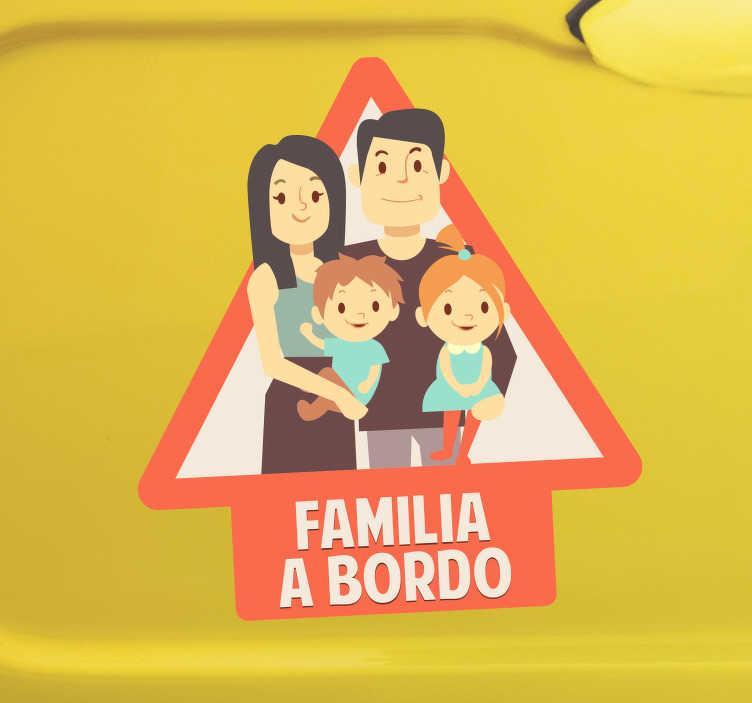 TenVinilo. Vinilo familia a bordo advertencia para coche. Pegatina coche familia a bordo con un diseño familiar para recordar al resto de conductores que deben tener cuidado conduciendo ¡Envío a domicilio!