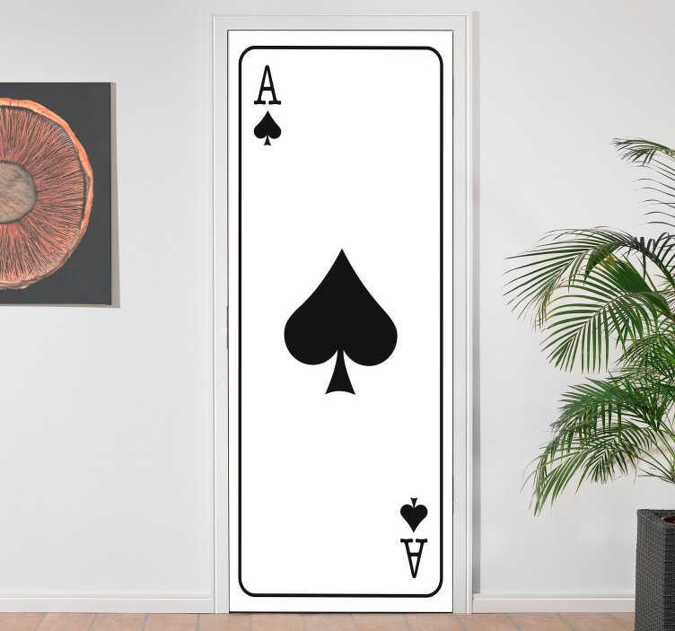 TenStickers. 에이스 카드 장식 문 스티커. 십대 방 벽 스티커. 드로잉 벽 스티커입니다. 놀라운 스티커의 도움으로 벽을 돋보이게 만드십시오. 보드 게임 데칼.