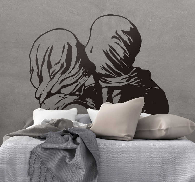TenStickers. 아트 페인팅 magritte los amantes home 스티커. 비밀 메시지가 담긴 의미있는 아트 스티커. 이 그림 스티커는 상상 속의 불평등과 죽음의 그림입니다. 초현실적 인 벽화.