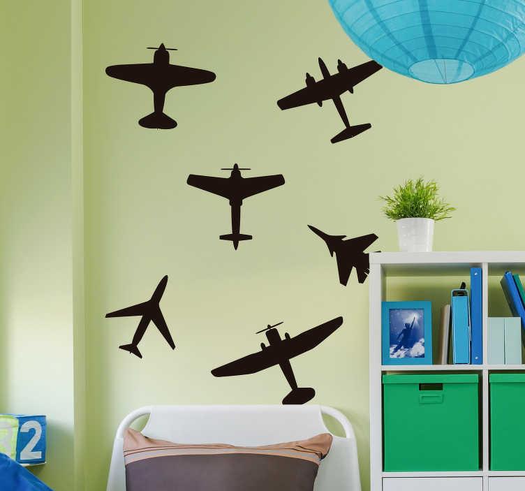 TenStickers. Naklejka na ścianę Samoloty wojskowe zestaw. Naklejka ścienna do pokoju dziecięcego samoloty wojenne to wspaniały pomysł na naklejki dla chłopaka. Sprawdź naklejki samolot w naszym katalogu.