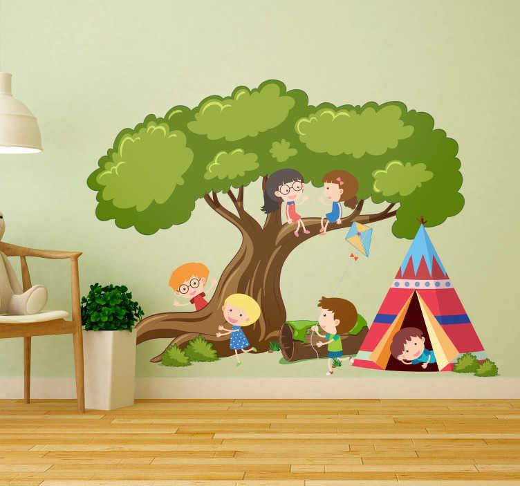 TenVinilo. Vinilo infantil tienda Tipi. Original y colorido mural para habitación infantil formado por un gran árbol, una tienda tipi y seis niños jugando. Descuentos para nuevos usuarios.
