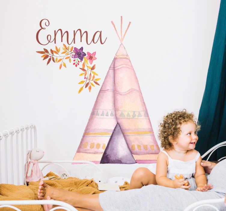 TenVinilo. Vinilo infantil Tipi personalizable. Original pegatina personalizada para habitación infantil con el diseño de una tienda tipi en tonos pastel. Fácil aplicación y sin burbujas.