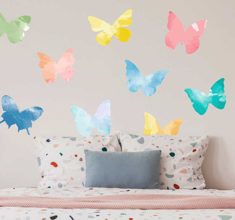 TenStickers. 色彩艳丽的蝴蝶动物墙贴纸. 辉煌的蝴蝶墙装饰是一个完美的青少年室贴花。检查我们惊人的动物墙贴纸。有50种颜色可供选择。