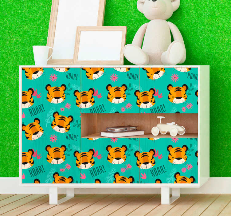TenStickers. 호랑이 머리 동물 벽 스티커. 이 그림 스티커는 아이들 침실에 딱 맞습니다. 이 야생 동물 무늬는 작은 호랑이의 귀여운 얼굴 몇 개를 가구로 표현합니다.