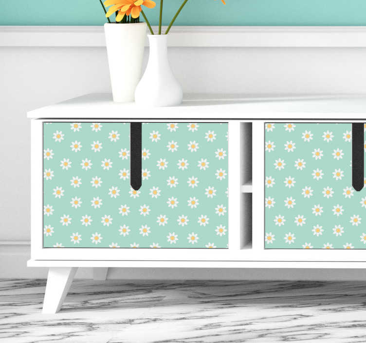 TenStickers. Meubelstickers madeliefjes patroon. Madeliefjes meubelstickers en woonkamer kaststickers! Unieke woonkamer meubels stickers. Wij zijn gespecialiseerd in op maat gemaakte meubelstickers.