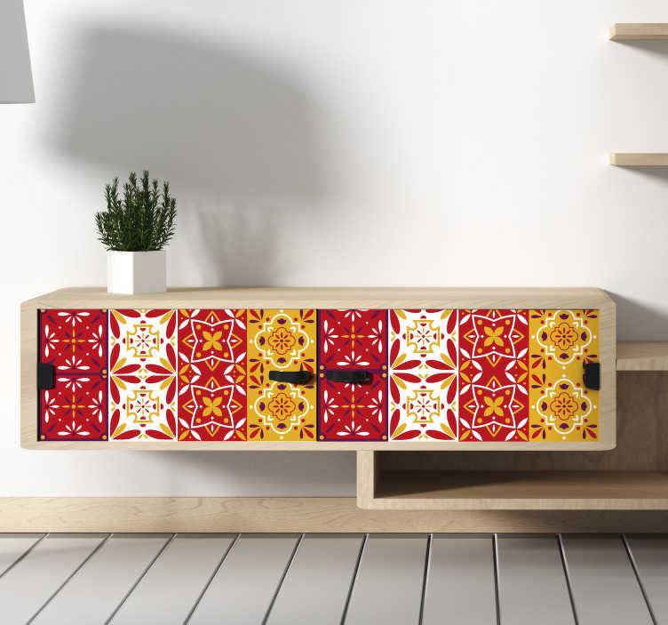 TenStickers. Naklejka z rysunkiem Kolorowe wzory ornamentowe. Nie wiesz jak ozdobić sypialnię lub salon? Znudził Ci się wygląd mebli? Zastosuj nasze naklejki na meble w formie kolorowych ornamentów.