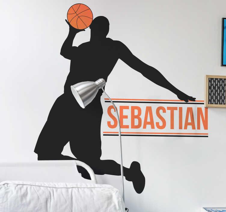 TenStickers. 농구 선수 맞춤 스티커. 당신의 아이가 스포츠의 팬이거나 농구 선수 인 경우, 농구 선수의이 개인화 된 실루엣 스티커가 선물로 완벽 할 것입니다!