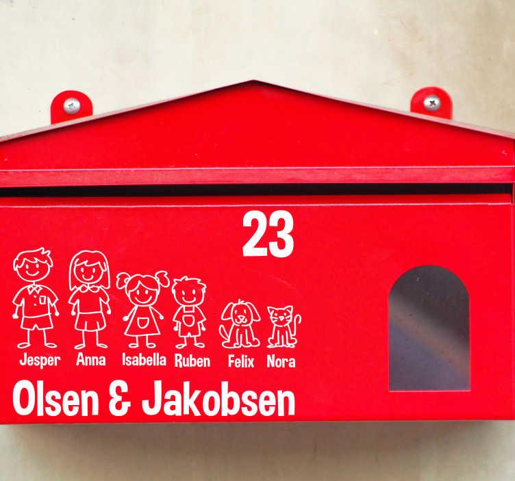 TenStickers. Postkasse familie klistermærke hjemmetekst vægklistermærke. Dejligt familiemærke tekst klistermærke til postkassen i dit hus. En stor samling af interessante postkasse-familie-klistermærker og postkasse-tekstklistermærker!