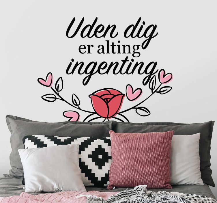 TenStickers. Uden din stue væg indretning. Hvis du vil sige din kærlighed til din betydelige andre eller til din familie, vil denne kærlighedsmuren indretning være perfekt til din stue eller soveværelse.
