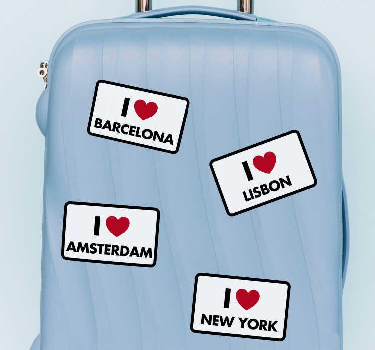 """TenStickers. Naklejka na bagaż Kocham podróżować I love .... Odlotowe spersonalizowane naklejki na walizki jako naklejki przedstawiające napis """"I love Barcelona"""" i inne różne miasta!"""