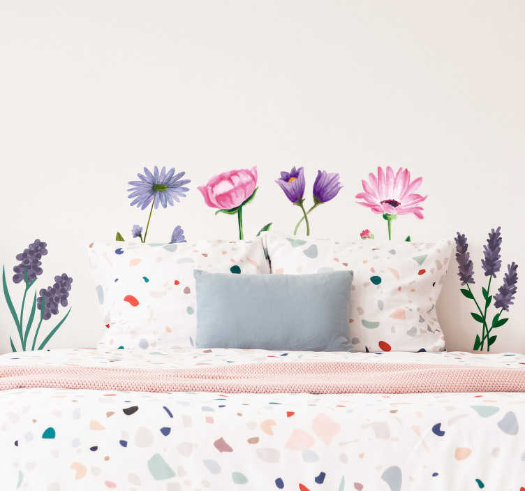 TenStickers. Flower drawings flower wall decal. Decorative home wall sticker with the design of beautiful flower plants. An ideal decal for a lining room or bedroom space.
