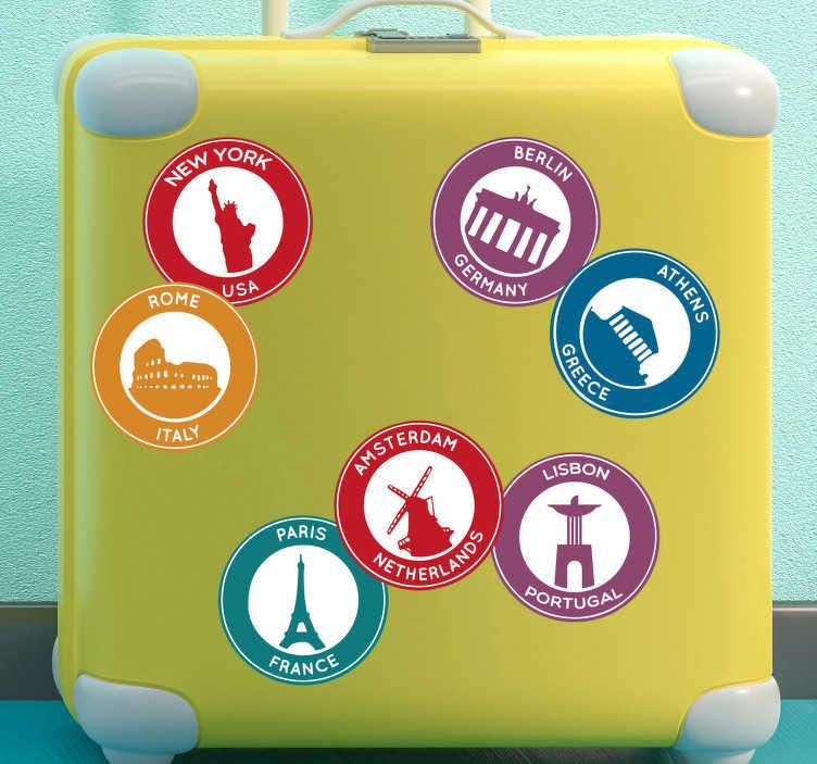 TenStickers. Reis stickers populaire bestemmingen. Als graag reist, is deze set stickers van verschillende populaire bestemmingen de ideale decoratie sticker voor jouw koffer.