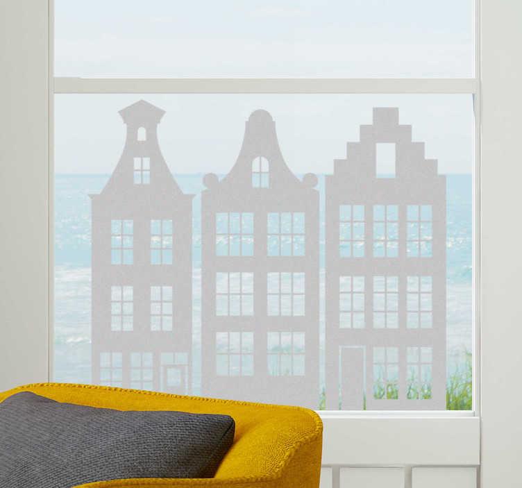 TenStickers. Muurstickers woonkamer Raamfolie grachtenhuisjes. Leuke raamfolie grachtenhuisjes voor uw woning. Schattige grachtenpandjes raamsticker van mooi doorzichtig raamfolie. Amsterdamse huisjes raamsticker!
