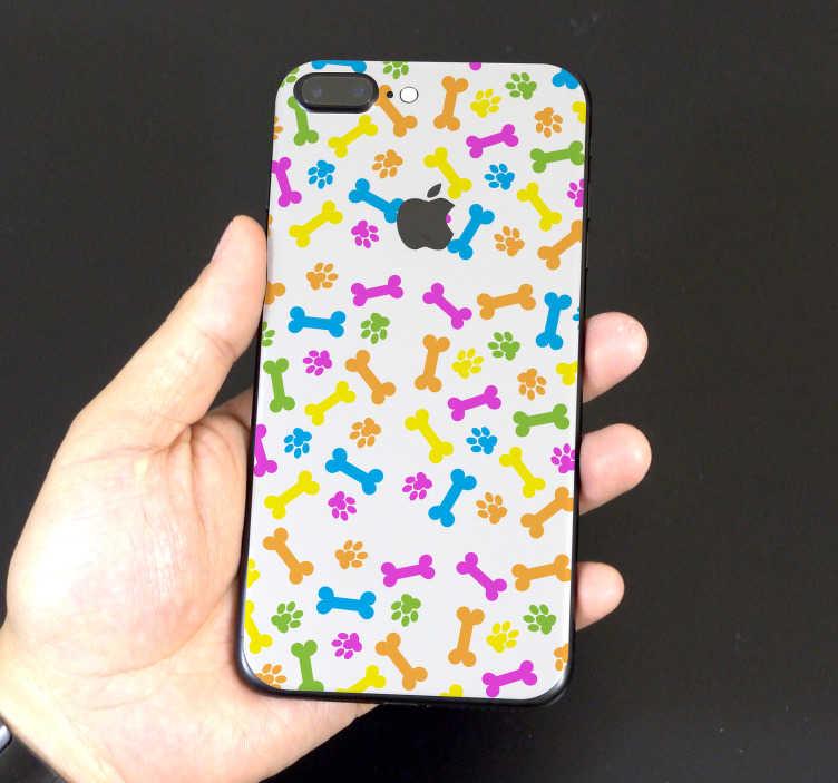 TenStickers. Iphone skin ossi colorati. Decora il tuo telefono con questa iphone skin, la quale raffigura un motivo che comprende una serie di ossi di tutti i colori su uno sfondo bianco!
