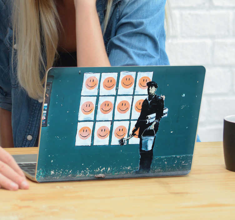 TenStickers. Art Stickers Deco banksy souriez. Décorez votre ordinateur portable avec style et originalité avec ce sticker dessin représentant une des oeuvres de Banksy.