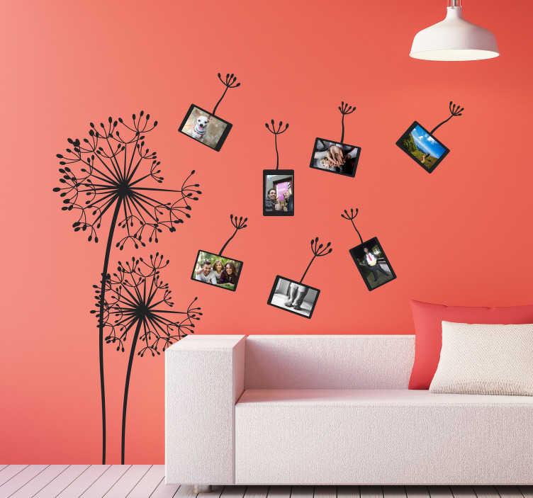TenStickers. Bloemen stickers blaasbloemen en fotolijstjes. Prachtige blaasbloem muurstickers voor je woonkamer en leuke fotolijstjes muurstickers met uw eigen foto's! Fleur je woning op met foto muurstickers!