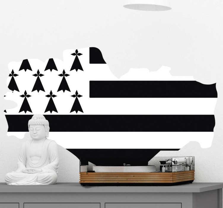 TenStickers. Stickers Monde Région de Bretagne. Cet autocollant drapeau représente la silhouette de la région de Bretagne désigné à partir des couleurs de son drapeau : parfait pour votre salon !