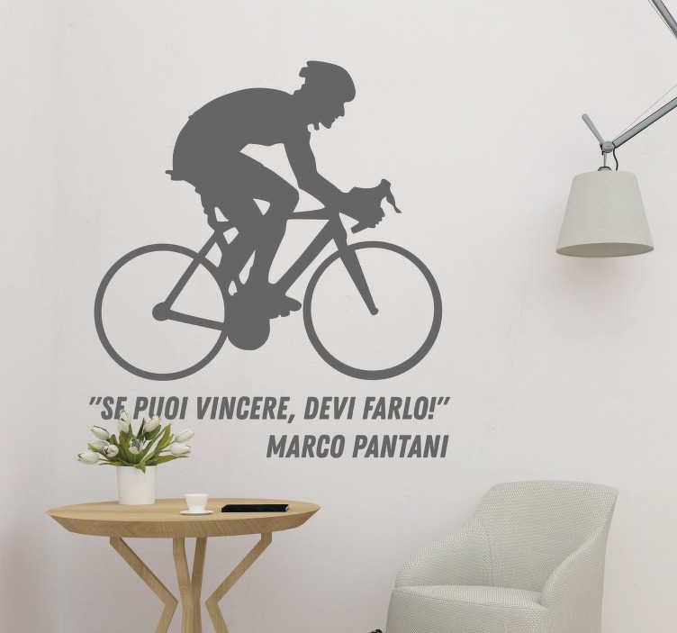 """TenStickers. Adesivo murale frase Marco Pantani. Scopri il nostro adesivo murale sport, con una frase famosa dello storico ciclista Marco Pantani, che dice: """"Se puoi vincere, devi farlo!"""""""