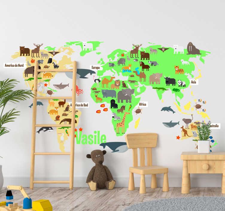 TenStickers. Harta lumii faunei cu nume roman harta lumii autocolant de perete. Autocolant de perete harta lumii dormitor pentru copii umplut cu animalele faunei de pe tot globul, în limba română pe care cei mici le va plăcea!