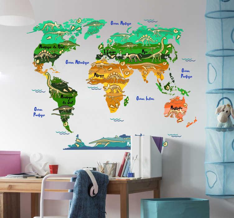 TenStickers. Sticker carte du monde dinosaure avec nom français carte du monde. stickers muraux facile à appliquer d'une carte du monde avec des dinosaures et des noms en français. Un beau fond design à la fois illustratif et décoratif.