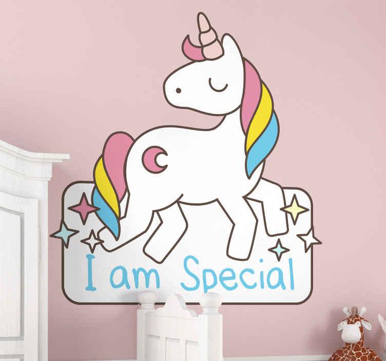 TENSTICKERS. ユニコーンスペシャルイラストウォールアートデカール. 「私は特別です」というテキストが刻まれた子供の寝室のための装飾的なユニコーン。適用は簡単で、必要なサイズで利用できます。
