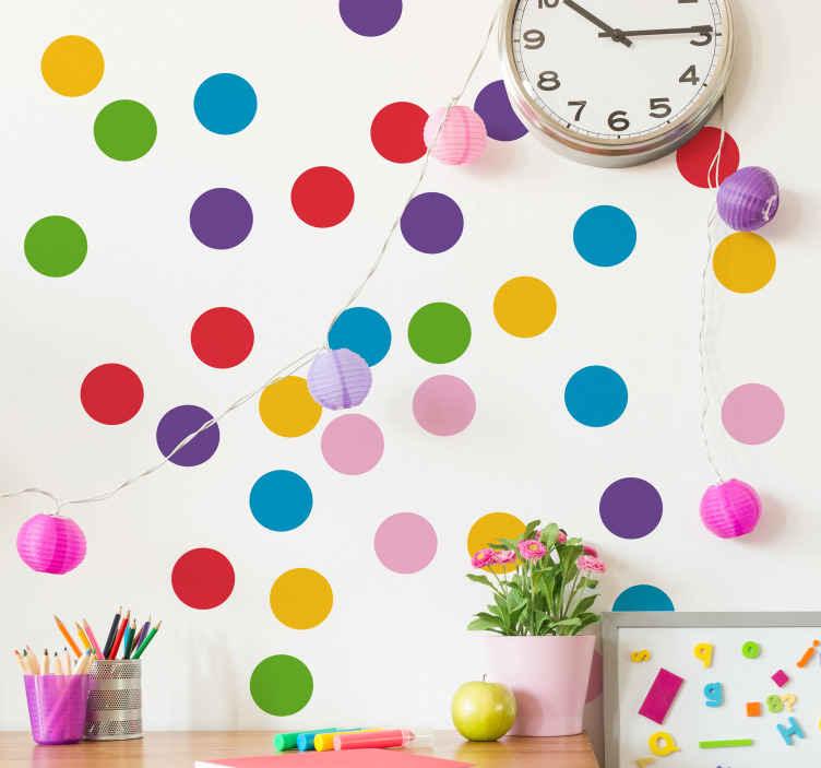 TENSTICKERS. 幾何学的な子供の色ほくろ円壁デカール. 子供にアピールするさまざまな色で作られた装飾的な幾何学的形状の子供の壁のステッカー。このデザインは子供たちのスペースで素晴らしいでしょう。