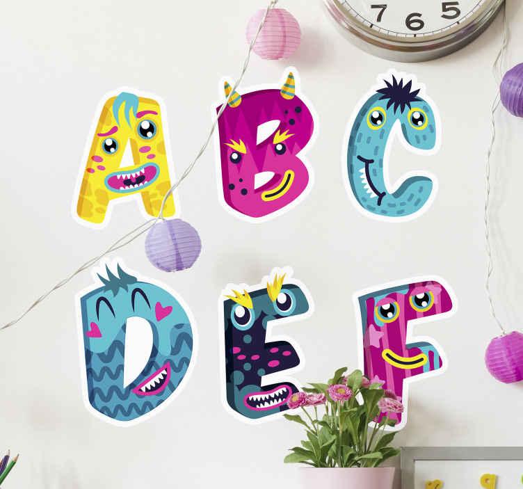 TENSTICKERS. 子供のアルファベット文字壁ステッカー. 子供たちがアルファベットを学ぶための美しい壁アートデカール。それはモンスターの外観で驚くべき色のアルファベットで異なるアルファベットを持っています。