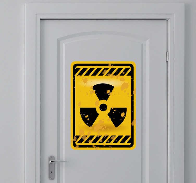 Sticker teken radioactiviteit deur