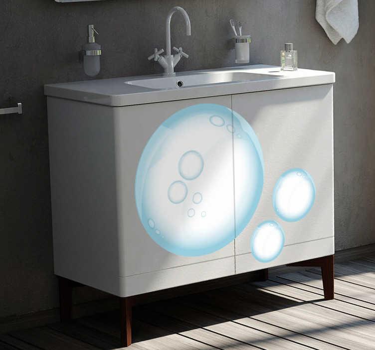 TenStickers. Naklejka dekoracyjna bańki mydlane. Naklejka dekoracyjna przedstawiająca trzy, różnej wielkości bańki mydlane. Obrazek przeznaczony jest do umieszczenia na ścianach w łazience, czy też meblach.