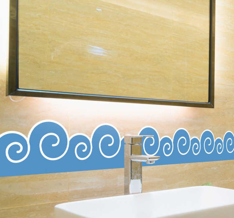 TenStickers. Muursticker achtereenvolgende golven. Deze muursticker omtrent vier blauwe achtereenvolgende golven in lichtblauwe kleur. Prachtige decoratie voor de badkamer.