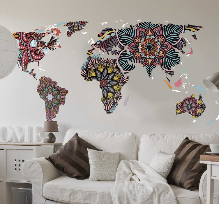 TenStickers. Wereldkaart muursticker mandala ontwerp. Prachtige wereldkaart met mandala sticker die je kunt aanbrengen op de plek die jij wilt in huis. Je zult er lang van genieten.