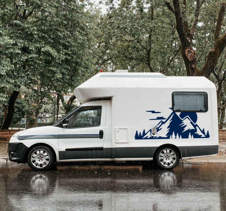 TenStickers. Gorsko območje za karavansko dekado. Dodajte edinstven in izviren videz vašemu karavanu s to fantastično nalepko karavana! Najbolj osupljiv karavanski nalepka tam!