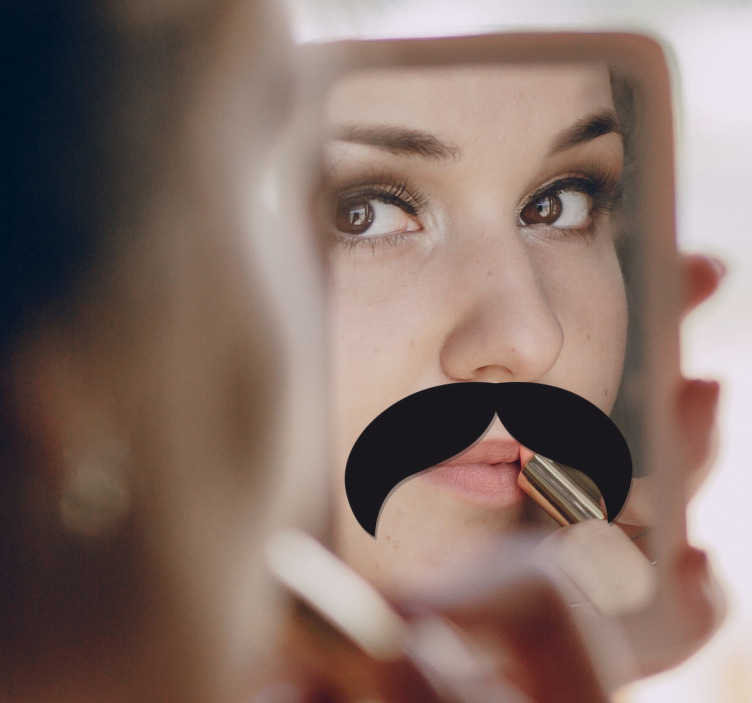 TenStickers. Spiegel snor mustache sticker. Hele leuke manier om jouw spiegel te decoreren! Beplak je spiegel met deze mustache snor! Je ziet een grote snor op je spiegel!