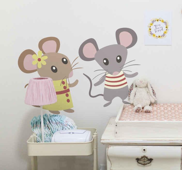TenStickers. Sticker muizen liefde. Een vrolijke muursticker voor jonge kinderen. Een muis die zijn liefde verklaart aan een andere muis.