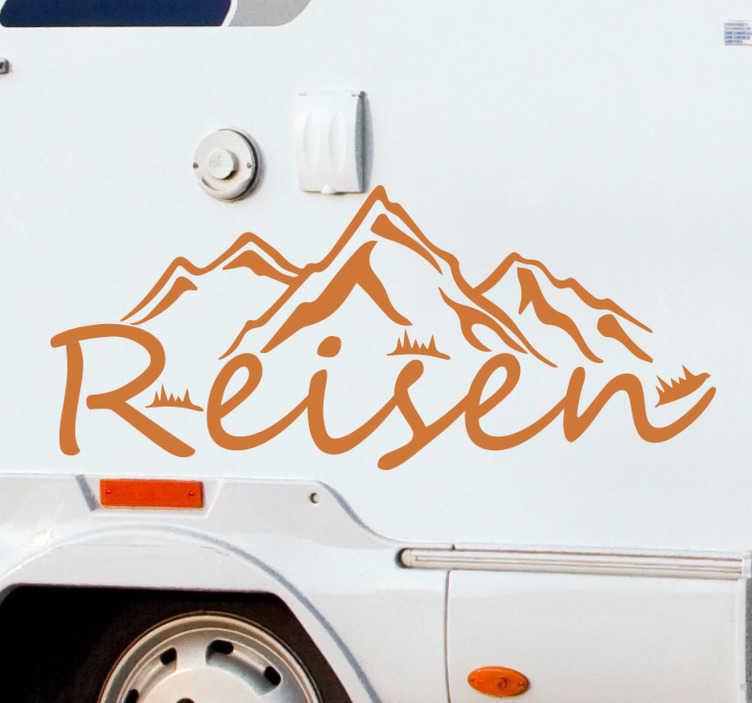 TenStickers. Reisetext wandtattoo. Reisewohnwagen reisen wandtextaufkleber mit dem besten vinyl, das sich leicht auf jede oberfläche kleben lässt. Dies ist ein design mit text, berg und vegetation.
