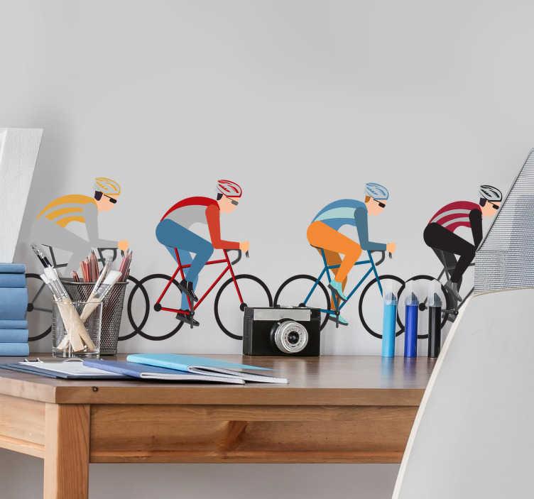 TenStickers. Radfahrer radfahren wandaufkleber. Radfahrer radfahren wandtattoo design von vier radfahrer auf ihrem fahrrad fahren. Dieser entwurf kann im wohnzimmer oder im schlafzimmer sein und ist sehr einfach anzuwenden.
