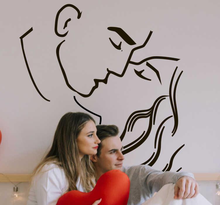 TenStickers. Adesivo da parete bacio appassionato amore coppia. Silhouette bacio appassionato coppia amore disegno adesivo di due persone che baciano che creerà una sensazione sensazionale nella tua casa nel tuo salotto
