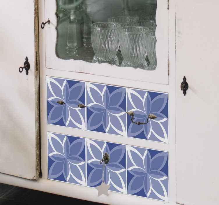 TenVinilo. Vinilo decorativo azulejos azules patrones . Vinilo adhesivo para muebles de azulejos que te encantará decorar la superficie de tus muebles en casa. Este diseño es fácil de aplicar.