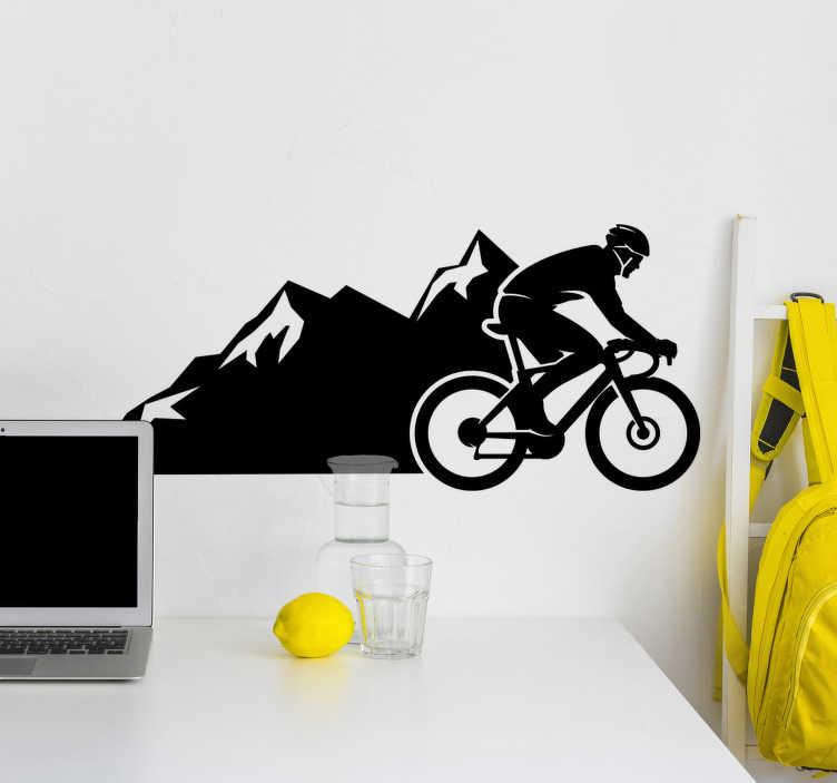 TenStickers. Nalepka stene za kolesarske dirke. športni kolesarski vinilni decal, ki je ustvarjen s človekom, ki se vozi po gori. To zasnovo je zelo enostavno uporabiti in všeč vam bo v vašem domu.