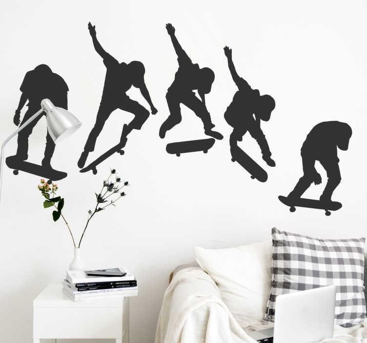 TenStickers. Skate evolution extremsport wandtattoo. Dekoratives wandtattoo für teenager-schlafzimmer eines extremen skating-sports, der 5 personen auf dem skateboard von der neigung bis zur professionellen bühne zeigt.